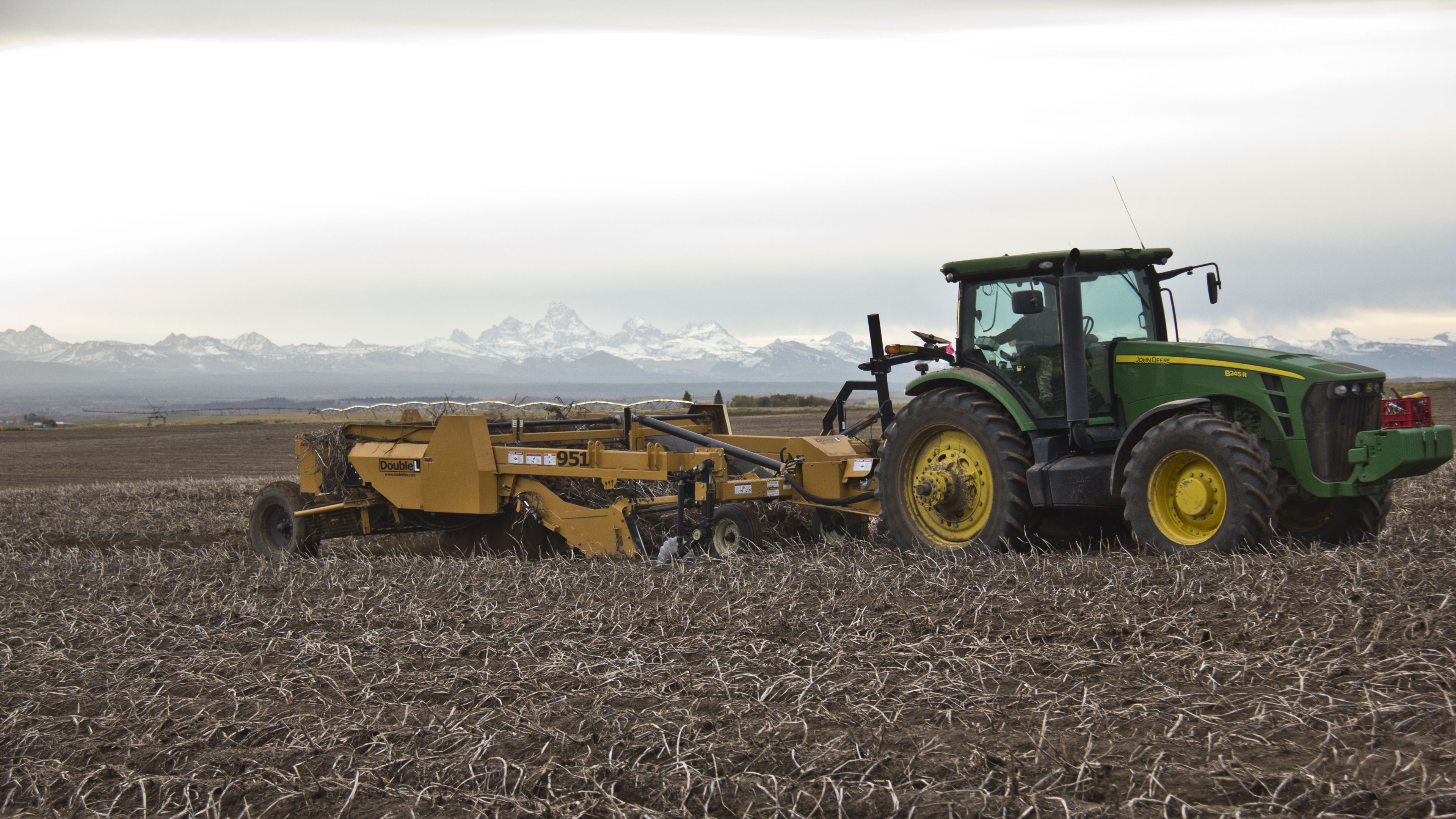 The Legacy Class Potato Digger With True Rock Protection